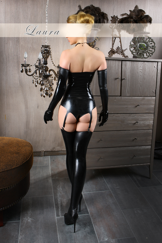 praga escort latex fetish